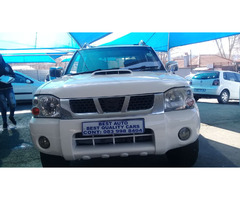 2014 Nissan Hard-Body NP-300 Engine Capacity with Manuel Transmission