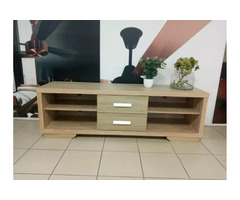 CAITLYN TV STAND