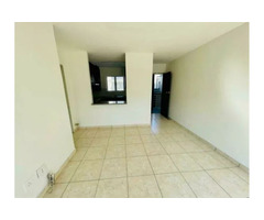 Neat 1 Bedroom to Let - North Beach