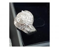 Wedding Ring Diamond Round Cluster White Gold