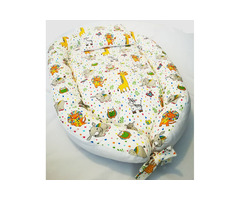 Baby nests /portable beds with matching pillow